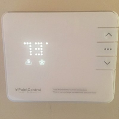 how to set the house temperature with the thermostat pointcentral. Black Bedroom Furniture Sets. Home Design Ideas
